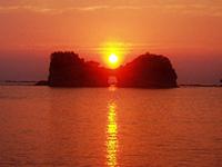 写真:円月島